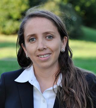 Dr Maria Recalde